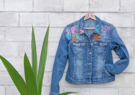 DIY: Florale Boho-Jeansjacke